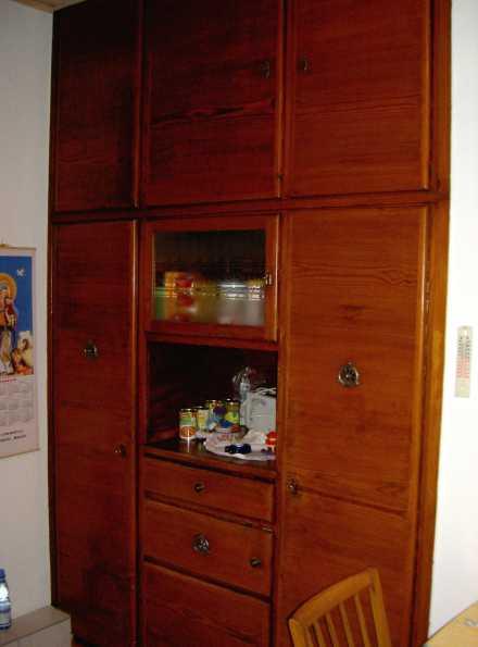Serviertabletts aus omas kuchenschrank wwweichwaelderde for Omas küchenschrank