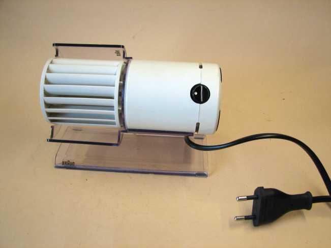Braun hl 70 tischventilator design reinhold weiss j for Design tischventilator