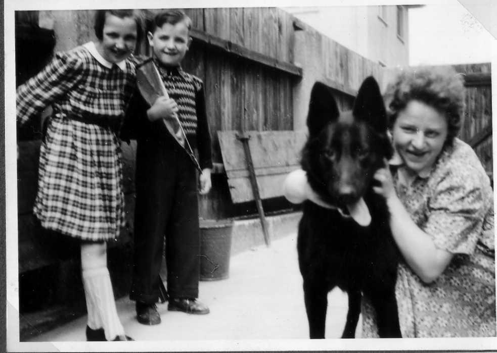 Einschulung 1955 bei späths reinhard gabriele birgit undonkel